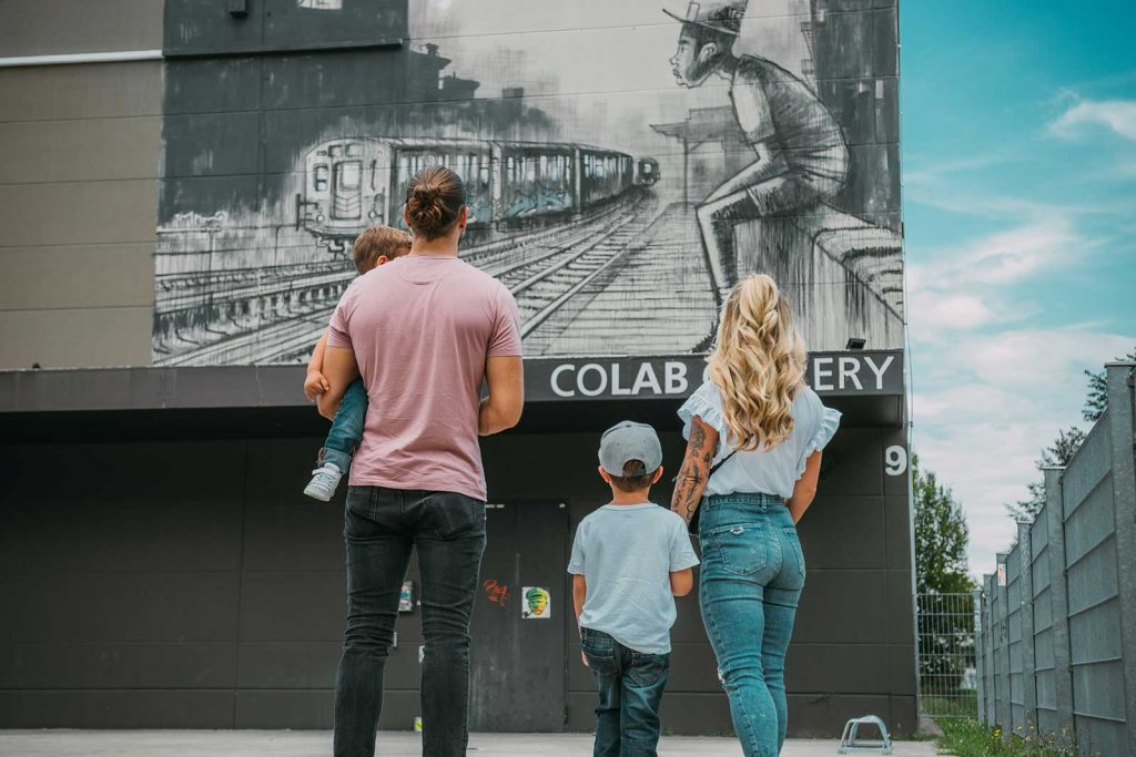 Colab Gallery Kunst in der OutletCity Weil